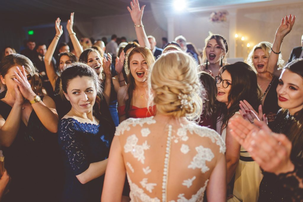 Dans fete | Andi Iliescu | Fotograf nunta